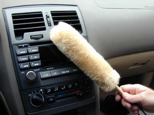 7 Cara Merawat Dashboard Mobil Yang Benar Tanpa Gores